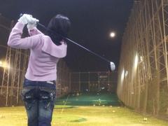 【症例】ゴルフの練習中に急激な腰の痛み