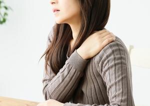 【症例】ひどい肩こりと首~頭にかけての痛み